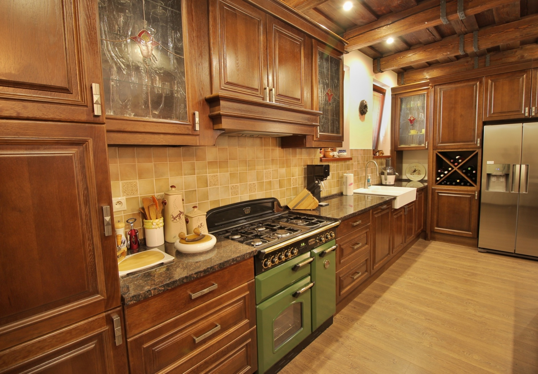 dba589fd3db2 Rustikálne kuchyne vás vrátia k tradičným hodnotám - Bionde - Úcta k ...